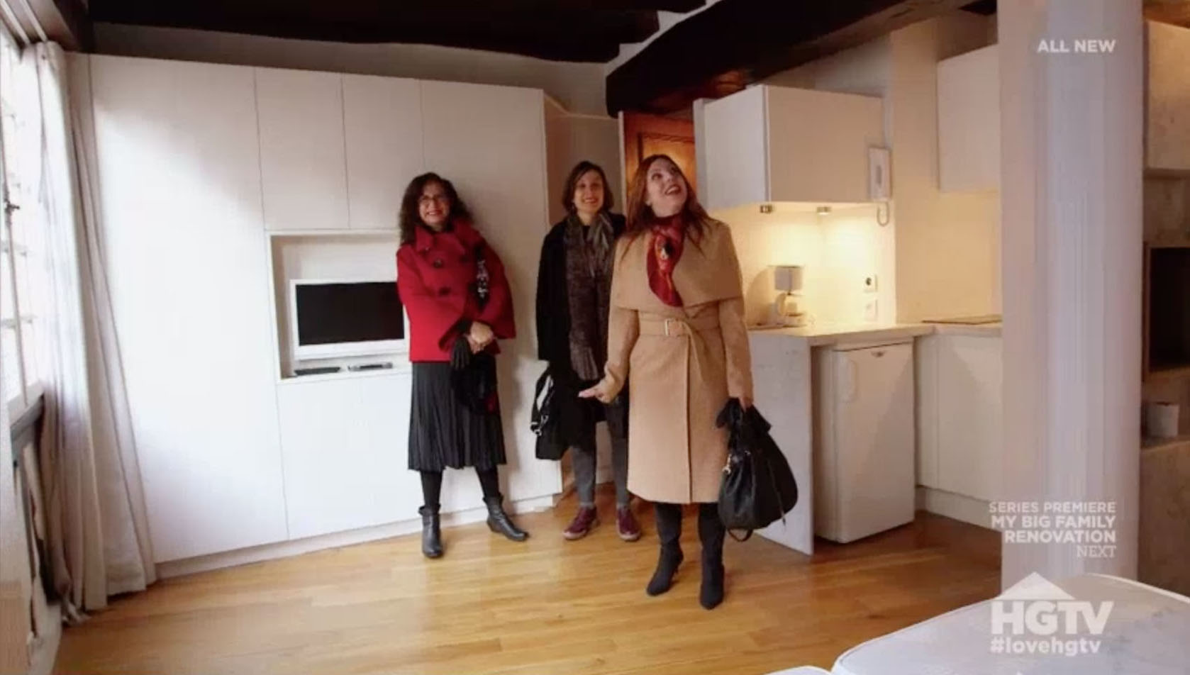 watch my story on house hunters international again my parttime paris life. Black Bedroom Furniture Sets. Home Design Ideas
