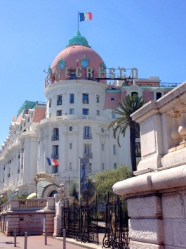 The iconic Negresco Hotel. And to think I would have missed this. Photo: ©Lisa Anselmo