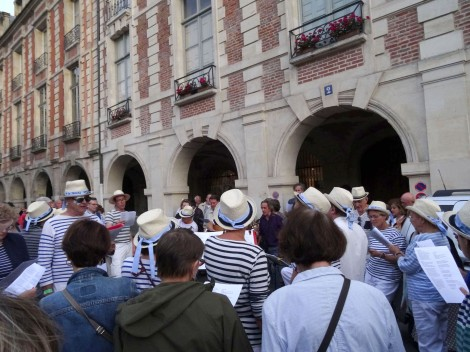 8:30 p.m.: These guys in the marinières led a singalong. Place des Vosges. ©Lisa Anselmo