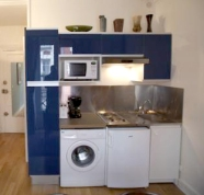 My old blue kitchen unit that came with the apartment.