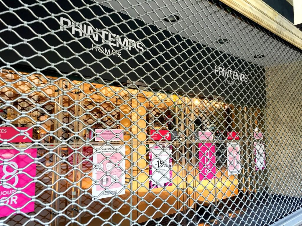 Gates closed at Printemps department store during Lockdown in Paris